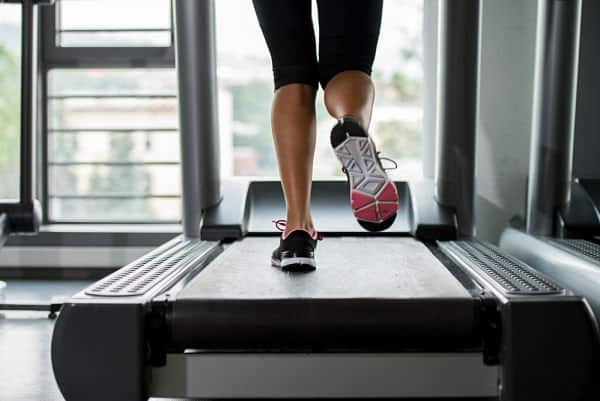 work out at home using the treadmill
